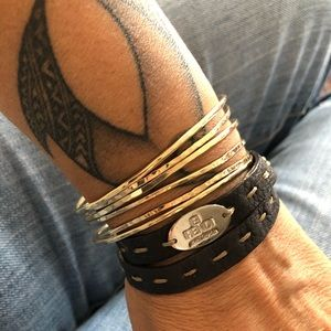 Fendi selleria brown leather strap bracelet.